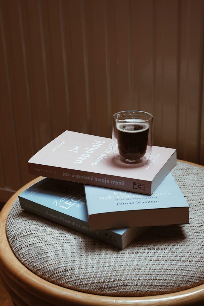 książki, które motywują do pracy nad swoim życiem